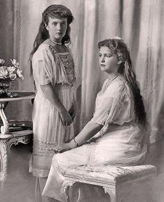 Anastasia and Maria Romanov