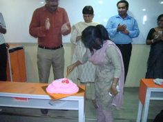 A student's birthday celebrated on the teacher's day Teachers Day Celebration, Student Birthdays, Teachers' Day, Celebrities, Celebs, Celebrity, Famous People