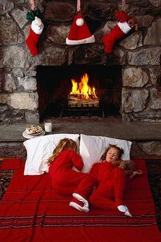 Waiting for Christmas Cabin Christmas, Christmas Bedroom, Country Christmas, Family Christmas, All Things Christmas, Christmas Themes, Christmas Holidays, Christmas Fireplace, Christmas Colors