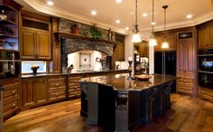 tuscan kitchens | Cucina Cabinets | Kitchens & Bath, Cabinet Design Ideas | Kelowna  (Layout)