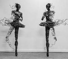 Regardt van der Meueln - Sculpture - Contemporary Artist - Unravel - The Deconstructed Series
