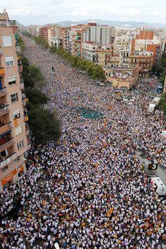 La Meridiana a l'alçada del carrer València. Foto: Cristóbal Castro Les impressionants imatges aèries de la Via Lliure a la Meridiana | Nació Digital