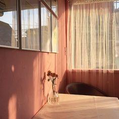 """roseperfume: """" https://www.instagram.com/p/BFn-w1oSr47/ """""""