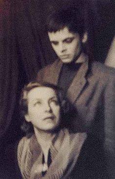 Images - [I] - Klaus Kinski Forum