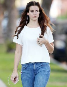 Lana in West Hollywood, California (Sept. 06)