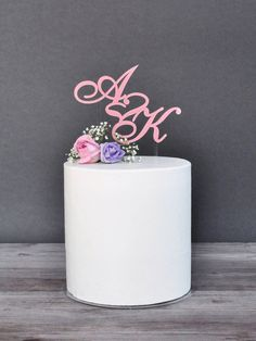 We present unique, personalized cake decoration. Customized cake topper is amazing decoration for special occasions such as weddings, bachelorette parties, birthday parties or christenings. In this...