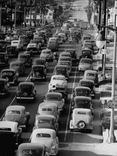 Downtown Los Angeles traffic, 1940s.... bet they wish they had Spot On Time…