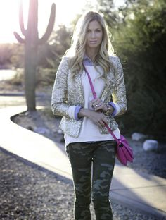 Stylish camo skinnies and a sequined blazer. Camo Skinnies, Camo Jeans, Casual Chic, Boho Chic, Camo Fashion, Creative Outlet, Preppy, What To Wear, Style Me