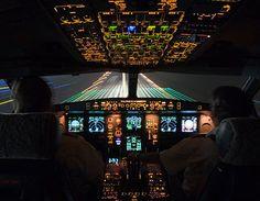 Landing at night, cockpit view. KINDA WHOA !  #photgraphy #airplane #unique