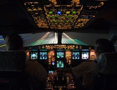 Landing at night, cockpit view. KINDA WHOA !  #photgraphy #airplane #unique