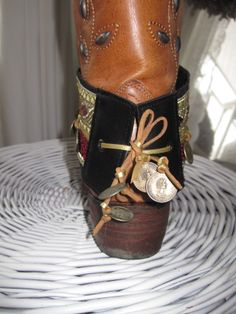 Bootbelts made by me. For more take a look at; http://www.facebook.com/pages/Bootbelts-Happiness-at-home/335379926505018