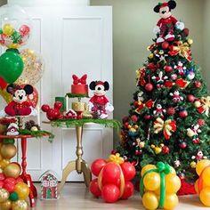 Festa Infantil /Fabiola Teles (@encontrandoideias) • Fotos e vídeos do Instagram Mickeys Christmas Party, Mickey Christmas, Merry Christmas, Decoration, Instagram, Home Decor, Holiday Decorating, Celebrations, Christmas Birthday