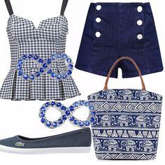 Questo outfit mi ricorda molto le ragazze americane anni 50. Top a quadretti bianchi e blu, shorts corto di jeans, ballerine di jeans bianche e blu, borsa con stampa di elefanti bianca e blu, orecchini blu infinito!