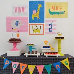 Party In A Box, Birthday Decorations, House Colors, Alice, Party Themes, Kids Rugs, Baby Shower, Home Parties, Theme Parties