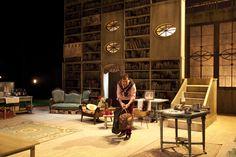 """Detalle de la escenografía de """"La Avería"""". Theatre Design, Big Ben, Building, Buildings, Construction"""
