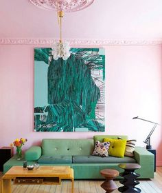 Keep the love coming today with this blushing pink room. The mixed greens on the art sofa and pillows make this space  // Repost via @randi_mageli: { love a painted ceiling happy wednesday all from the home of synne skjulstad photo by @elisabethaarhus for @elledecorationnorge } . . . . . #decor #color #colorlovers #interiors #interiordesign #designanddecoration #designinspo #designideas #pink #greens #greenery #emerald #art #dspink #dslooking #colormix