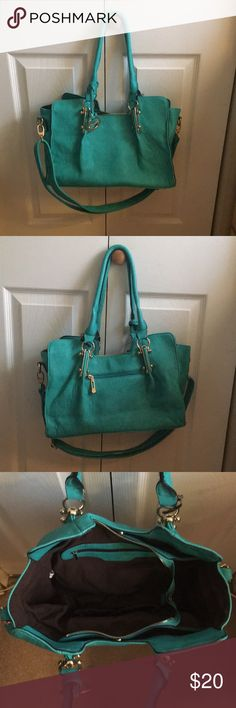 Teal handbag Gently used teal shoulderbag with longer strap attached to turn this bag into a satchel (strap can be removed)! Color as pictured 😊 Sorrentino Bags Shoulder Bags