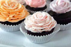 Garden Party: Rosette Cupcakes