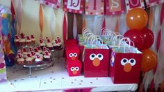 Party favors and cupcakes