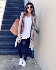 Thesisterstudioig cardigan comfy casualfashion casual outfitoftheday source by iamjulez athleisure outfits Athleisure Outfits, Sporty Outfits, Casual Mom Outfits, Leggings Outfit Summer Casual, Cute Legging Outfits, Casual Sunday Outfit, Casual Mom Style, Preppy Fall Outfits, Black Leggings Outfit