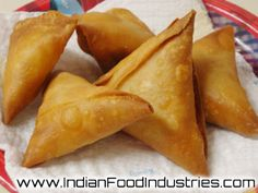 Noodle Samosa: Fill the samosas with some noodles sounds interesting. #IndianFoodIndustries