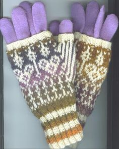 Kathleen Taylor's Dakota Dreams: Freebie Friday- Stranded Fingerless Mitts- Compani...