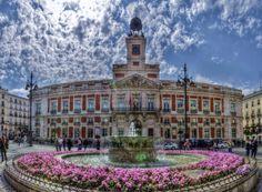 Edificio de la Presidencia de la Comunidad de Madrid en la Puerta del Sol - Photo by Alejandro García Bermejo / http://alejandrogarciabermejo.blogspot.com.es/