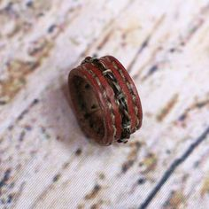 Horsehair and Leather Ring - Bohemian Gypsy Urban Inspired Accessory - Horse Hair Ring - Horsehair Jewelry - Braided Horsehair - Diy Leather Rings, Leather Jewelry Making, Bohemian Rings, Bohemian Gypsy, Ring Crafts, Jewelry Crafts, Leather Tooling, Leather Men, Leather Projects