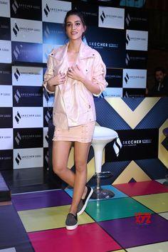 Actress Kriti Sanon launches Skechers shoes in New Delhi Katrina Kaif Hot Pics, New Delhi, Skechers, Product Launch, Actresses, Shirt Dress, How To Wear, Packing, Shirts