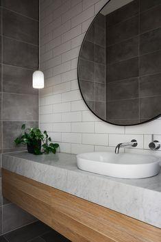 Shasta House by Austin Design Associates / Photographer: Armelle Habib House Inspo, Home, Bathroom Renovation, Bathroom Inspiration, Bathroom Decor, Interior, Bathroom Renos, Bathroom Design, Bathroom