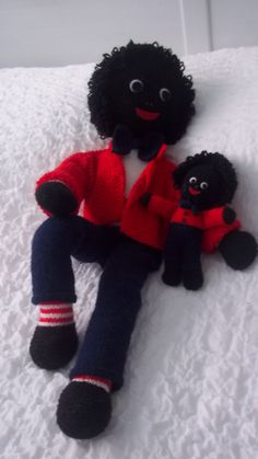 knitted golliwog pattern – Knitting Tips Knitted Doll Patterns, Knitting Paterns, Doily Patterns, Knitted Dolls, Baby Knitting, Doll Toys, Baby Dolls, Crochet Projects, Sewing Projects
