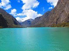 Laguna  de llanganuco Huaraz  Peru