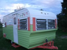Vintage Camper Trailers For Sale - Lucy the 1961 Trailblazer - Fully restored, wait until you see the interior! For Sale in Houston, TX
