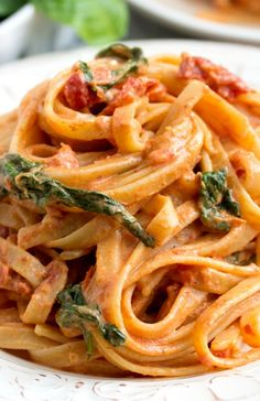 The Cheesecake Factory's Copycat Recipe ~ Sun Dried Tomato Fettuccine