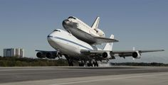 747 and Endeavour - The Big trip, Smooth landing...Great job Joe, you greased the wheels again...