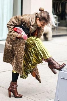 ❤️ Street looks a la Fashion Week automne-hiver de New York 20 Moda Fashion, Fashion Week, New York Fashion, Winter Fashion, Fashion Trends, Tokyo Fashion, Street Fashion, Prep Fashion, Fashion Hacks