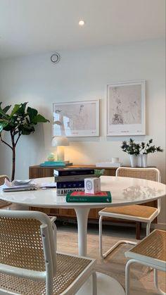 Dream Apartment, Apartment Living, Apartment Interior, Home Interior Design, Interior Architecture, My New Room, Room Inspiration, Living Spaces, Sweet Home