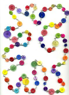 """""""THE Mother of All Button Necklaces"""" ~ by itsalovelycake 6 feet 3 inches long Funky Jewelry, Jewelry Crafts, Beaded Jewelry, Handmade Jewelry, Button Art, Button Crafts, Cute Bracelets, Cool Necklaces, Mini Bottle"""