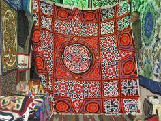 Egyptian tentmakers applique work Applique Quilts, Embroidery Applique, Textile Fabrics, Textile Art, Tent Fabric, Color Psychology, Cairo, Islamic Art, Quilt Making