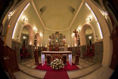 Interior da Vista noturna da Igreja Matriz de Caxambu, estado de Minas Gerais, Brasil.  Fotografia: Haroldo Kennedy no Flickr.