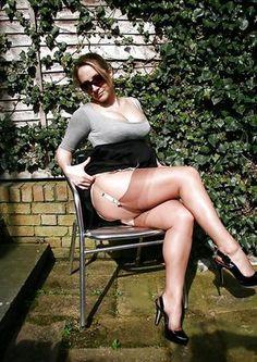 MILF sexy stockings
