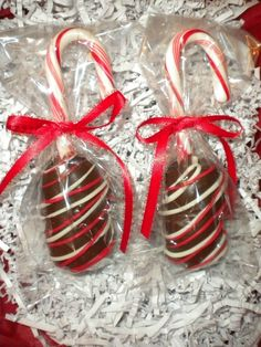 Hot Chocolate Dippers Chocolate Covered Marshmallows Candy Cane Marshmallow Pops Holiday Party Favors Hostess Gifts or Stocking Stuffers. Christmas Party Favors, Christmas Goodies, Christmas Candy, Christmas Desserts, Christmas Treats, Christmas Baking, Holiday Treats, Holiday Fun, Holiday Gifts