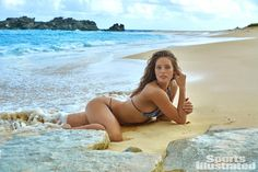 See all the photos of Emily DiDonato in the 2016 isssue of Sports Illustrated Swimsuit Edition. Emily Didonato, Sports Illustrated Swimsuit 2016, Sports Illustrated Models, Maybelline, Modelo Emily, Look Adidas, Swimsuits 2016, Swimsuit Edition, Belle