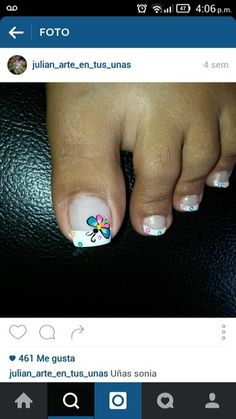 Marip … Pedicure Designs, Pedicure Nail Art, Toe Nail Designs, Nail Polish Designs, Toe Nail Art, Cute Toe Nails, Fancy Nails, Hair And Nails, My Nails