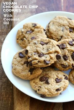 The Best Vegan Chocolate Chip Cookies. Somer's Easy Classic Chocolate Chip Cookies that are perfect for the holidays, bake sales & gifting. Coconut Oil Cookies, Coconut Chocolate Chip Cookies, Coconut Flour, Chocolate Chips, Vegan Treats, Vegan Foods, Vegan Gifts, Biscuits, Best Vegan Chocolate