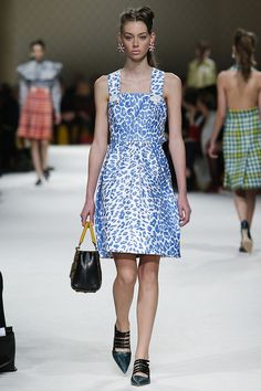 Miu Miu Fall 2015 RTW Runway - Vogue-Paris Fashion Week