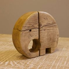 A pleasing and whimsical Elephant made using old reclaimed timber. H x W x Thick Delivery to UK Mainland, despatched 3 days. Wooden Art, Wooden Crafts, Abstract Animal Art, Animal Cutouts, Home Decor Sculptures, Wood Toys Plans, Scrap Wood Projects, Reclaimed Timber, Wooden Animals