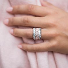 Are you currently looking for inexpensive wedding bands? At EFES you can find wedding rings from Nuremberg. All wedding rings can be found online. Buy Diamond Ring, Diamond Wedding Rings, Diamond Bands, Wedding Ring Bands, Stacked Wedding Rings, Stackable Wedding Bands, Stackable Rings, Stacked Rings, Diamond Stacking Rings