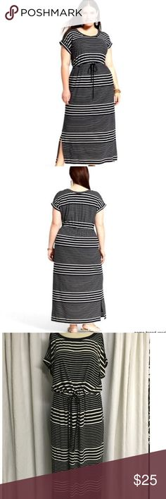 Ava & Viv striped plus size maxi NWOT short sleeve striped maxi dress, side pockets, draw string at waist, super soft. This brand run a little big. Various sizes Ava & Viv Dresses Maxi