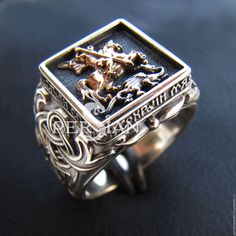 Men's black gold jewelry is a little more rare than other types of jewelry. Learn what makes this jewelry more unique than most other types of jewelry. Solid Gold Jewelry, Gold Rings Jewelry, Jewelery, Cool Rings For Men, Unique Rings, Jewelry Model, Photo Jewelry, Fashion Jewelry, Mens Gold Rings